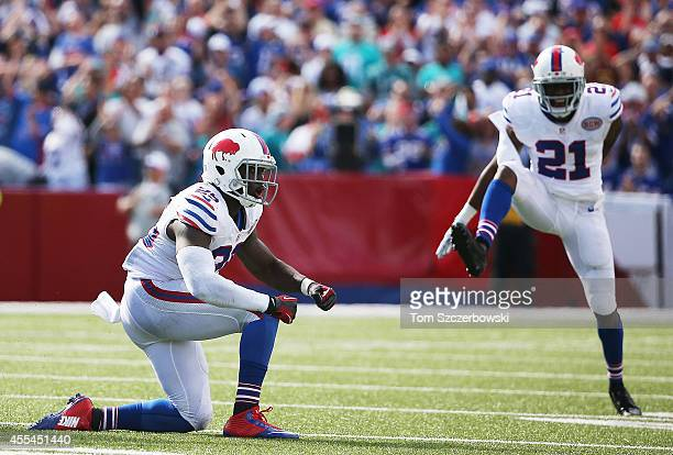 Da'Norris Searcy of the Buffalo Bills celebrates a sack against the Miami Dolphins during the second half at Ralph Wilson Stadium on September 14...