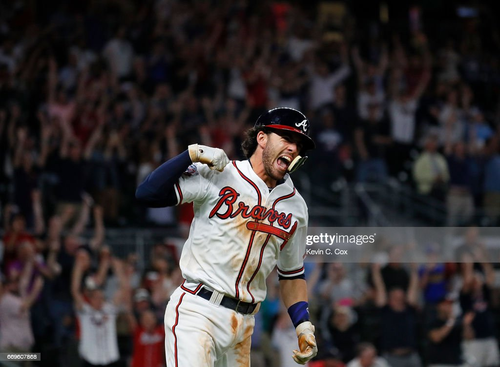 what is a walk off single definition