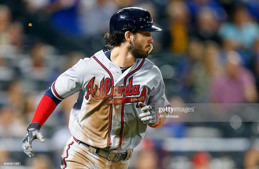 Dansby Swanson #2 of the Atlanta Braves runs out his seventh-inning, two-run base hit against the New York Mets at Citi Field on September 19, 2016 in the Flushing neighborhood of the Queens borough of New York City.