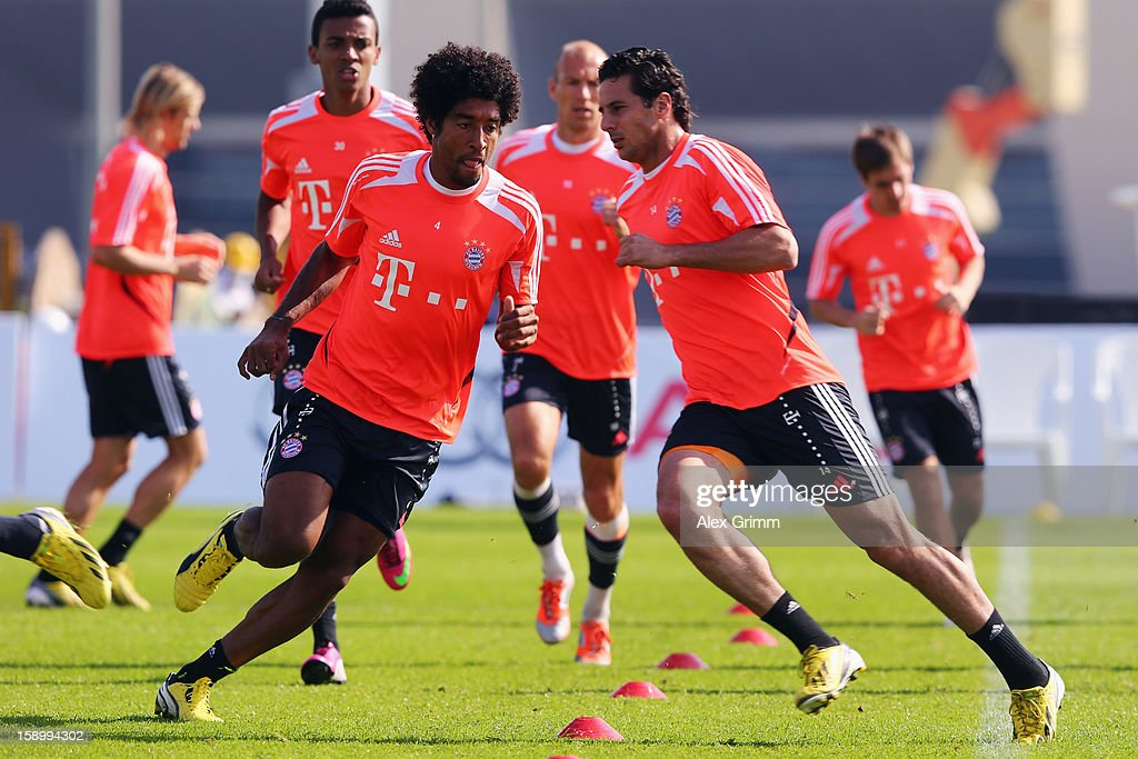 Dante exercises during a Bayern Muenchen training session at the ASPIRE Academy for Sports Excellence on January 5, 2013 in Doha, Qatar.
