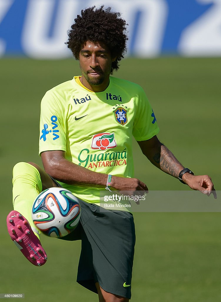 Dante in action during a training session of the Brazilian national football team at the squad's Granja Comary training complex, in Teresopolis, 90 km from downtown Rio de Janeiro on June 05, 2014 in Teresopolis, Brazil.
