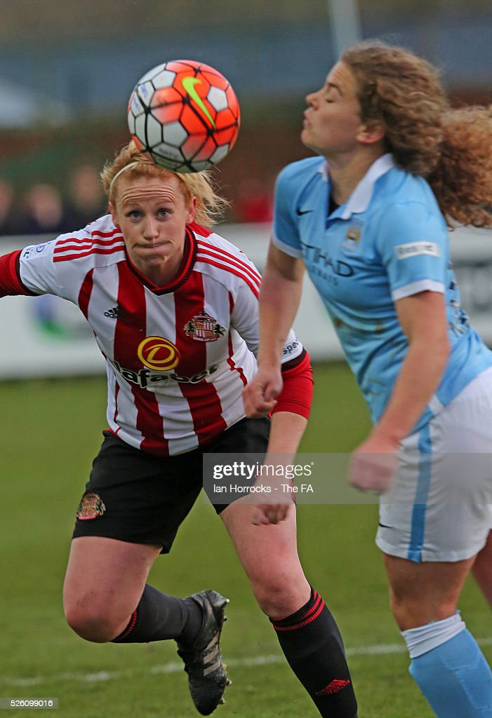 Daphne Corboz of Manchester City (R) competes with Rachel Furness of Sunderland during the WSL 1 match between Sunderland AFC Ladies and Manchester City Women at The Hetton Center on April 29, 2016 in Hetton, England.