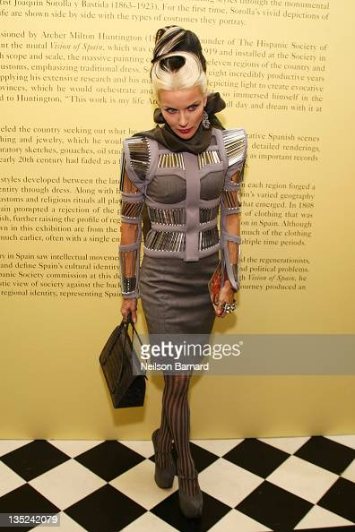 Daphne Guiness attends the Joaquin Sorolla and the Glory of Spanish Dress VIP opening gala at the Queen Sofia Spanish Institute on December 7 2011 in...