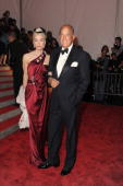 Daphne Guinness and Oscar De la Renta 'The Model as Muse Embodying Fashion' Costume Institute Gala at The Metropolitan Museum of Art on May 4 2009 in...