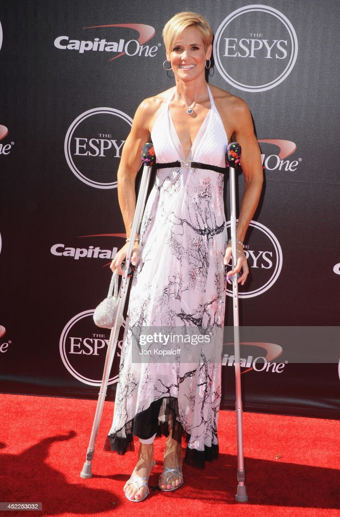 <a gi-track='captionPersonalityLinkClicked' href=/galleries/search?phrase=Dara+Torres&family=editorial&specificpeople=2419430 ng-click='$event.stopPropagation()'>Dara Torres</a> arrives at the 2014 ESPYS at Nokia Theatre L.A. Live on July 16, 2014 in Los Angeles, California.