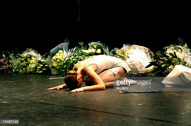 Darcy Bussell takes her final curtain call for her last performance 'Song of the Earth' at the Royal Opera House on June 8 2007 in London England