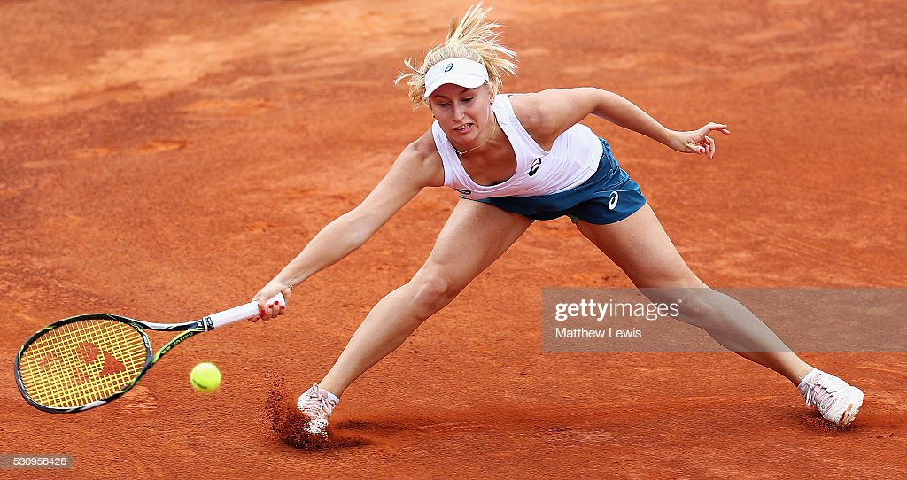 <a gi-track='captionPersonalityLinkClicked' href=/galleries/search?phrase=Daria+Gavrilova&family=editorial&specificpeople=5906023 ng-click='$event.stopPropagation()'>Daria Gavrilova</a> of Australia in action against Svetlana Kuznetsova of Russia during day five of The Internazionali BNL d'Italia 2016 on May 12, 2016 in Rome, Italy.