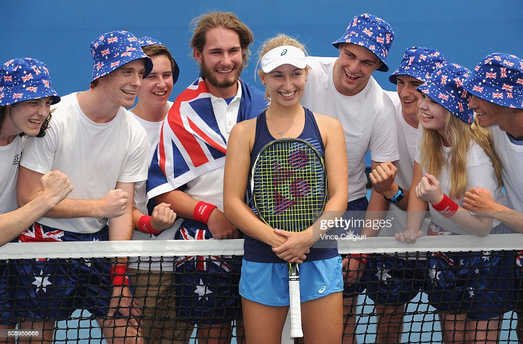 <a gi-track='captionPersonalityLinkClicked' href=/galleries/search?phrase=Daria+Gavrilova&family=editorial&specificpeople=5906023 ng-click='$event.stopPropagation()'>Daria Gavrilova</a> of Australia poses with Australian Fans after her practice session during day four of the 2016 Australian Open at Melbourne Park on January 21, 2016 in Melbourne, Australia.