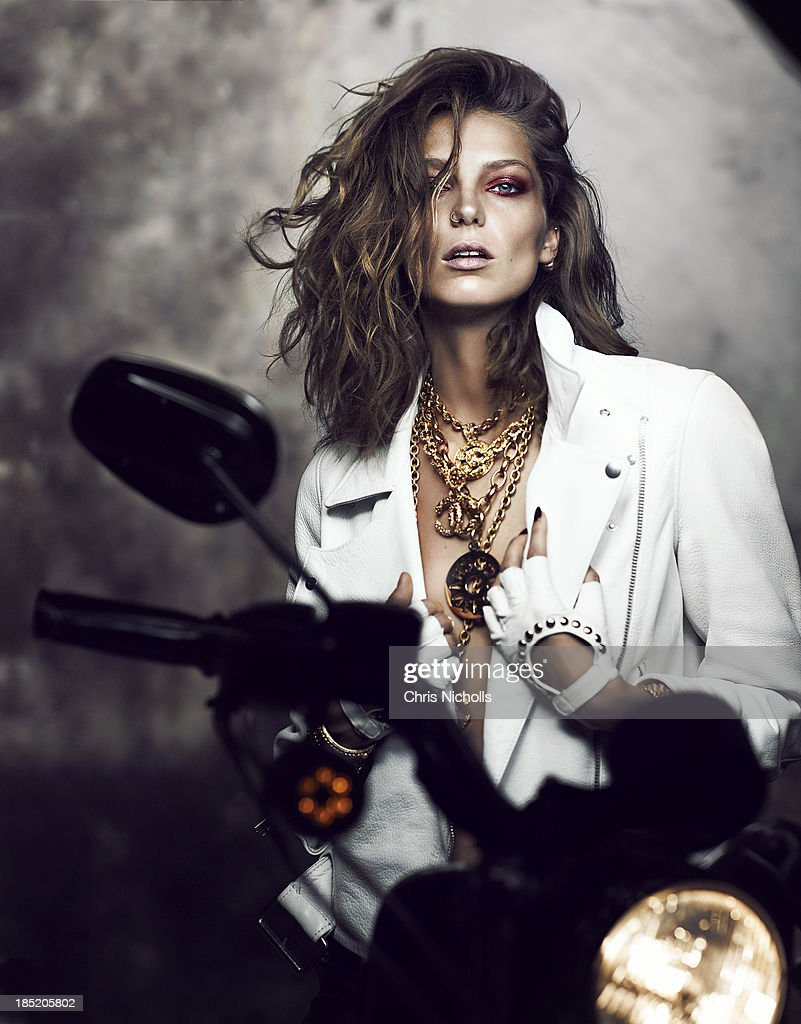 <a gi-track='captionPersonalityLinkClicked' href=/galleries/search?phrase=Daria+Werbowy&family=editorial&specificpeople=637338 ng-click='$event.stopPropagation()'>Daria Werbowy</a> for Fashion Magazine on June 1, 2013 in Toronto, Ontario. PUBLISHED IMAGE.