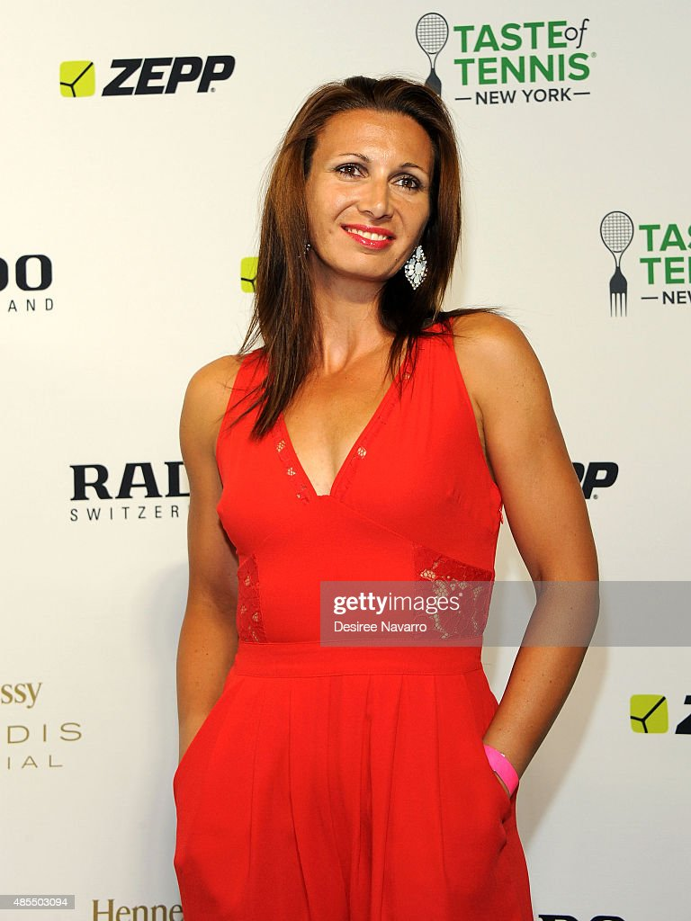 <a gi-track='captionPersonalityLinkClicked' href=/galleries/search?phrase=Darija+Jurak&family=editorial&specificpeople=3047172 ng-click='$event.stopPropagation()'>Darija Jurak</a> attends 2015 Taste of Tennis New York at W New York Hotel on August 27, 2015 in New York City.
