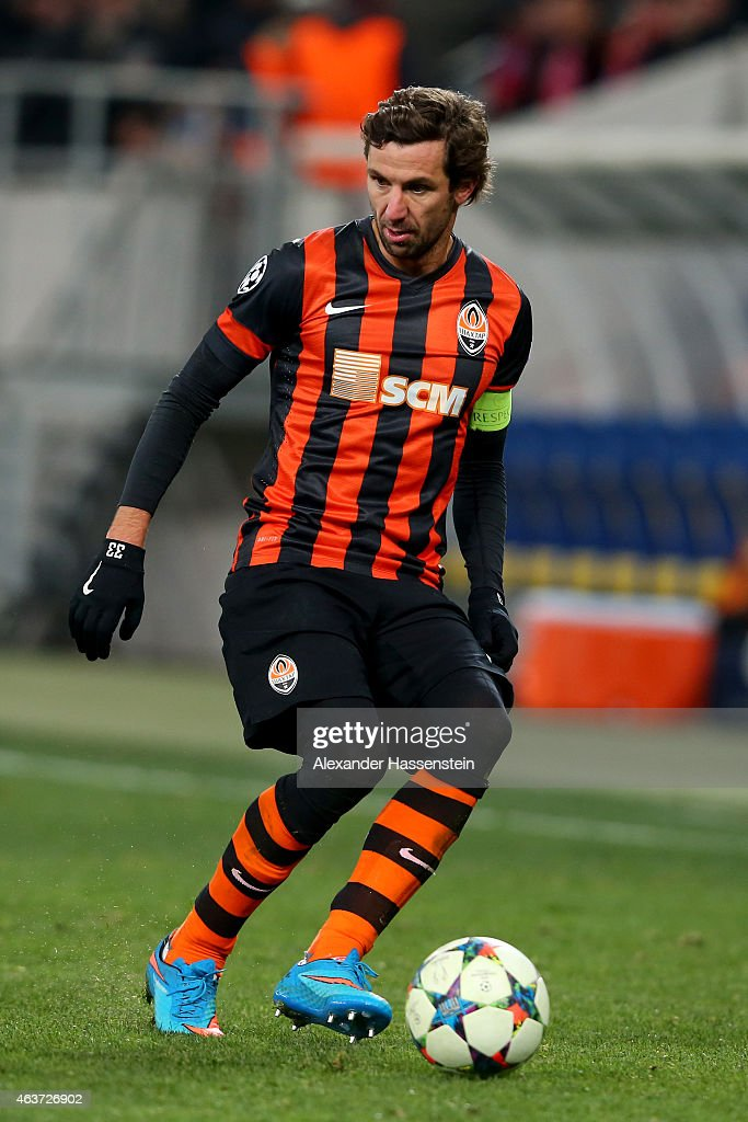 Darijo Srna of Donetsk runs with the ball during the UEFA Champions League round of 16 first leg match between FC Shakhtar Donetsk and FC Bayern...