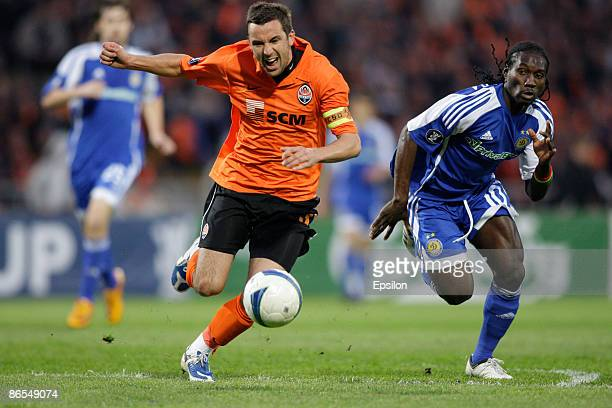 Darijo Srna of FC Shakhtar Donetsk battles for the ball with Ismael Bangoura of FC Dynamo Kiev during the UEFA Cup semifinals second leg match...