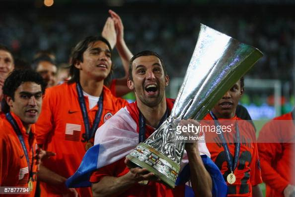Darijo Srna of Shakhtar Donetsk holds the UEFA Cup Trophy following his team's victory after extra time at the end of the UEFA Cup Final between...