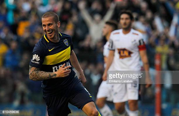Dario Benedetto of Boca Juniors celebrates after scoring during a match between Boca Juniors and Quilmes as part of 4th round of Torneo Primera...