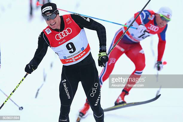 Dario Cologna of Switzerland winst the 2nd place at the Mens 15km Mass Start Classic Competition during day 2 of the FIS Tour de Ski event on January...