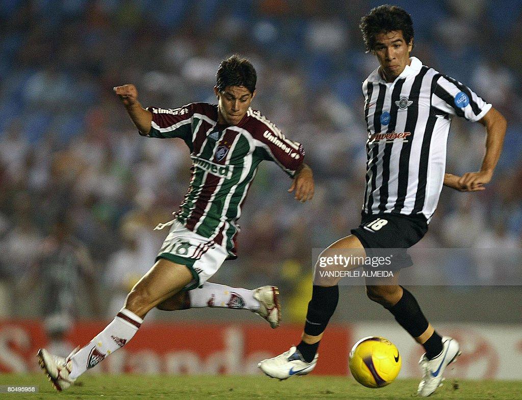 Dario Conca L of Brazil s Fluminense F