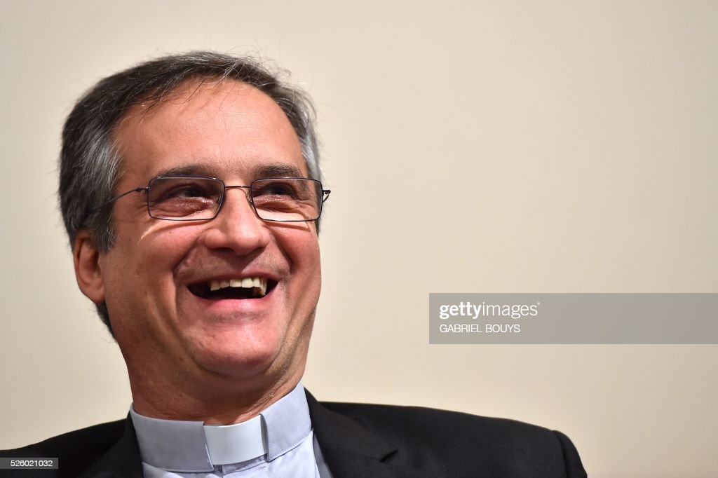 Dario Edoardo Vigano, Vatican's prefect of the Secretariat for Communications and Director of Vatican Television Center, attends a press conference, on April 29, 2016 in Rome. / AFP / GABRIEL
