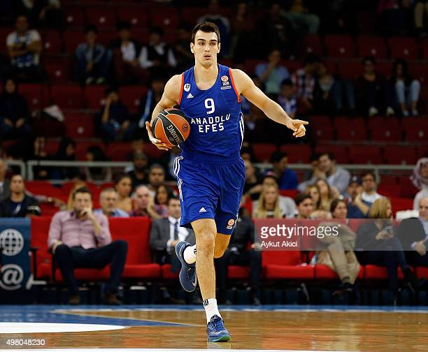 Dario Saric #9 of Anadolu Efes Istanbul in action during the Turkish Airlines Euroleague Regular Season Round 6 game between Anadolu Efes Istanbul v...