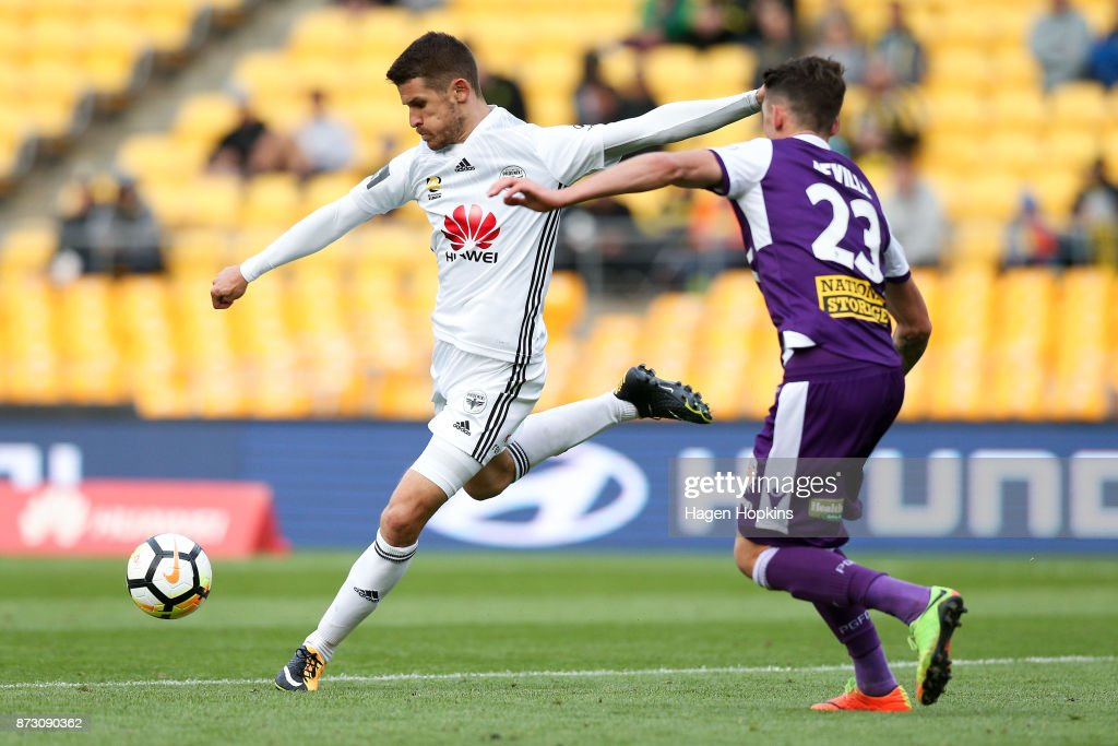 Dario Vidosic of the Phoenix shoots during the round six A-League match between the Wellington Phoenix and the Perth Glory at Westpac Stadium on November 12, 2017 in Wellington, New Zealand.