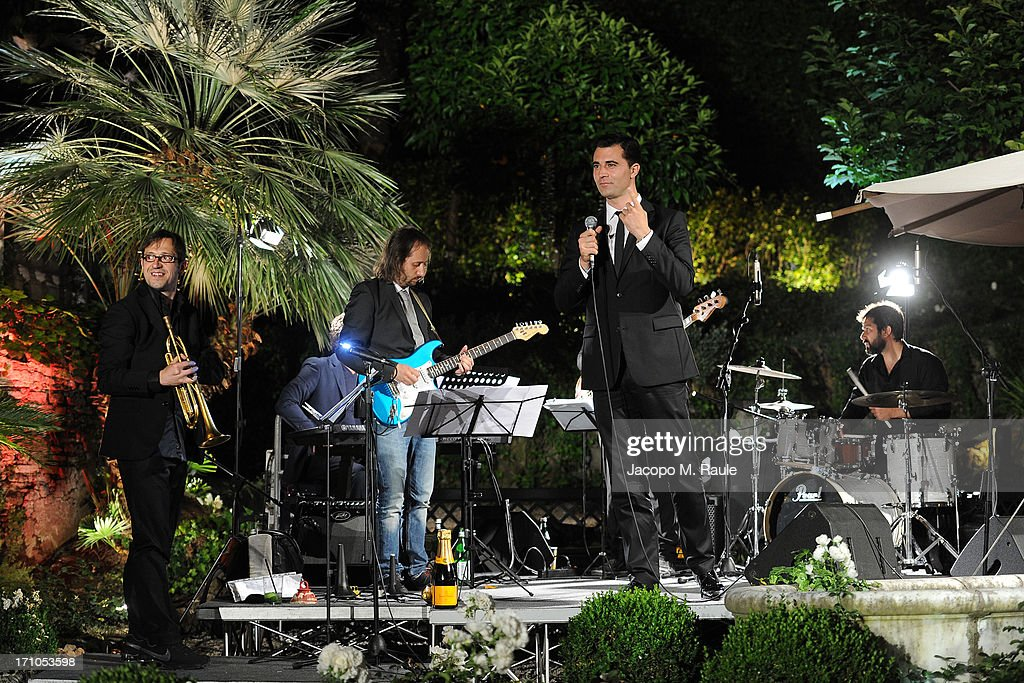 Darius Campbell performs during Cash & Rocket On Tour Women for Women - Gala Dinner and Auction on June 16, 2013 in Rome, Italy.