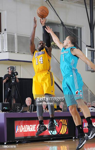 Darius JohnsonOdom of the Los Angeles DFenders shoots the jumper against Mychel Thompson of the Sioux Falls Skyforce on January 5 2013 at Toyota...