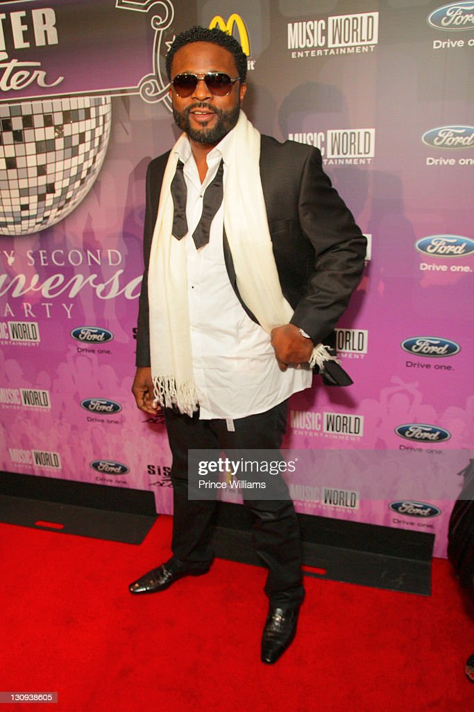 Darius McCrary attends the Sister2Sister 22nd Annual Anniversary party at Justin's on November 9, 2010 in Atlanta, Georgia.