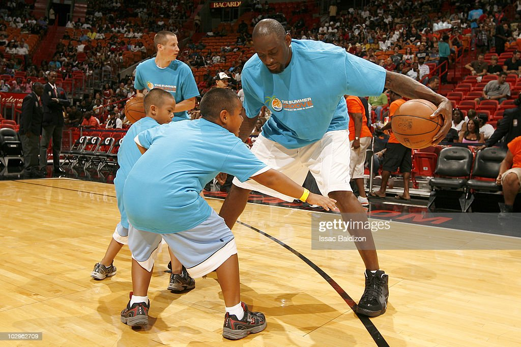 <a gi-track='captionPersonalityLinkClicked' href=/galleries/search?phrase=Darius+Miles&family=editorial&specificpeople=201702 ng-click='$event.stopPropagation()'>Darius Miles</a> participates in the Summer Groove All-Star Basketball Game on July 18, 2010 at American Airlines Arena in Miami, Florida.