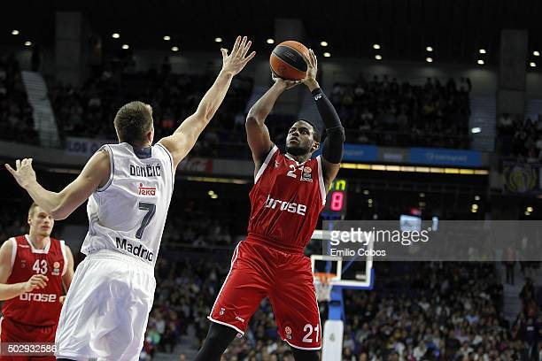Darius Miller #21 of Brose Baskets Bamberg in action during the Turkish Airlines Euroleague Basketball Top 16 Round 1 game between Real Madrid v...