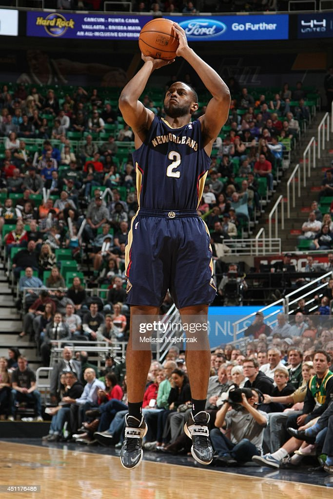 Darius Miller #2 of the New Orleans Pelicans takes a shot against the Utah Jazz at EnergySolutions Arena on April 04, 2014 in Salt Lake City, Utah.