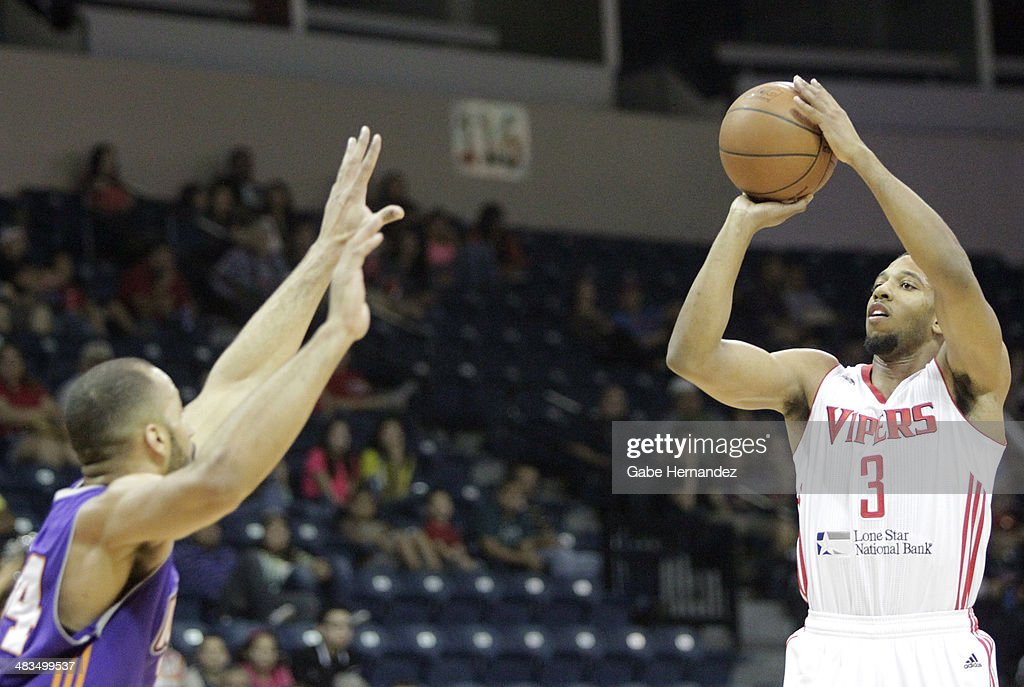 Darius Morris #3 of the Rio Grande Valley Vipers shoots over Jackie Carmichael #34 of the Iowa Energy on April 8, 2014 during game one first round of the 2014 NBA-Development League playoffs at the State Farm Arena in Hidalgo, Texas.