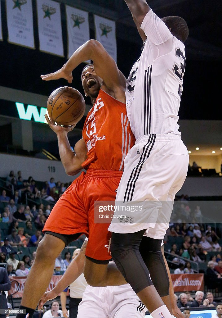 Darius Morris of the Rio Grande Valley Vipers shoots the ball against Youssou Ndoye of the Austin Spurs at the Cedar Park Center on April 7 2016 in...