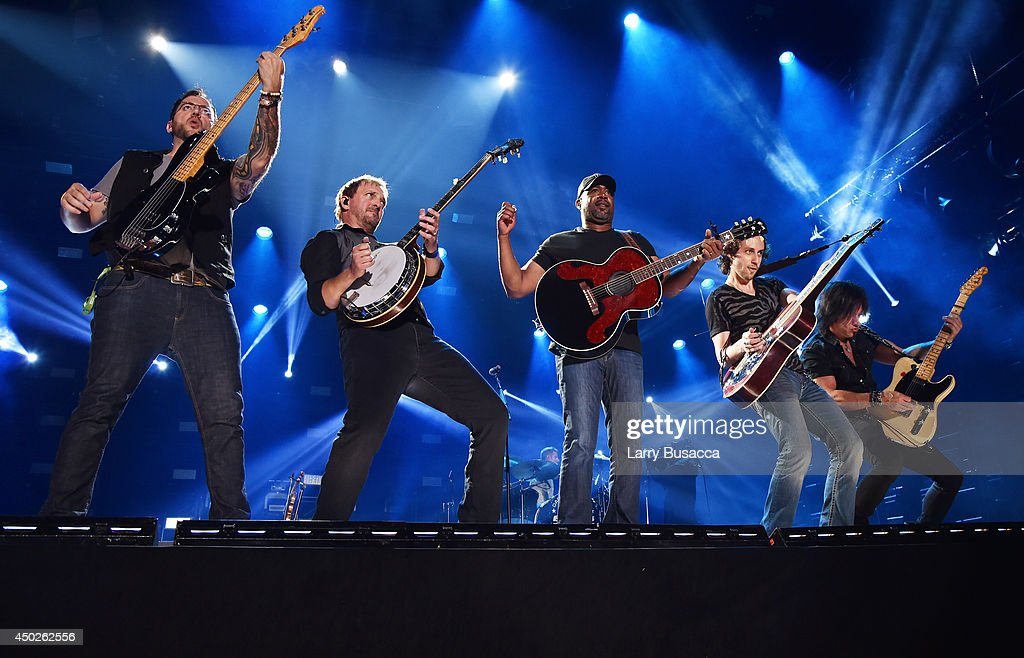 Darius Rucker performs at the 2014 CMA Festival on June 7 2014 in Nashville Tennessee