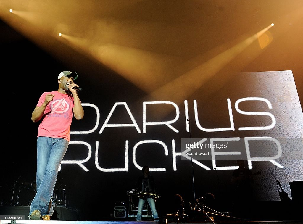 <a gi-track='captionPersonalityLinkClicked' href=/galleries/search?phrase=Darius+Rucker&family=editorial&specificpeople=215161 ng-click='$event.stopPropagation()'>Darius Rucker</a> performs on stage as part of the Country 2 Country tour at O2 Arena on March 17, 2013 in London, England.