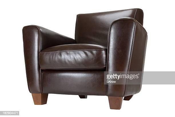 Fauteuil en cuir brun sombre