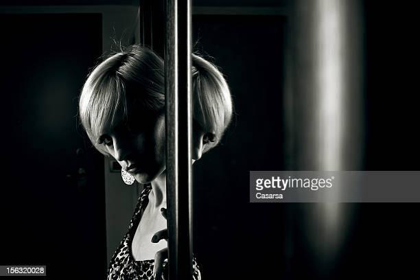 Sombre portrait de femme