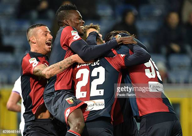 Darko Lazovic of Genoa celebrates after a goal during the Serie A match between Genoa CFC and ACF Fiorentina at Stadio Luigi Ferraris on December 15...