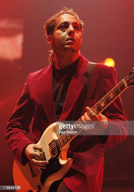 Daron Malakian of System of a Down during System of a Down in Concert at Allstate Arena in Rosemont September 30 2005 at Allstate Arena in Rosemont...