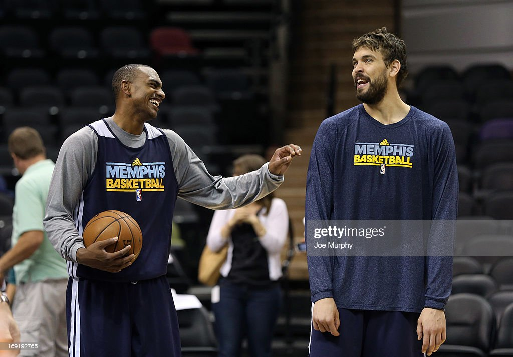 Darrell Arthur #00 and Marc Gasol #33 of the Memphis Grizzlies at team practice during the Western Conference Finals during the 2013 NBA Playoffs on May 20, 2013 at the AT&T Center in San Antonio, Texas.