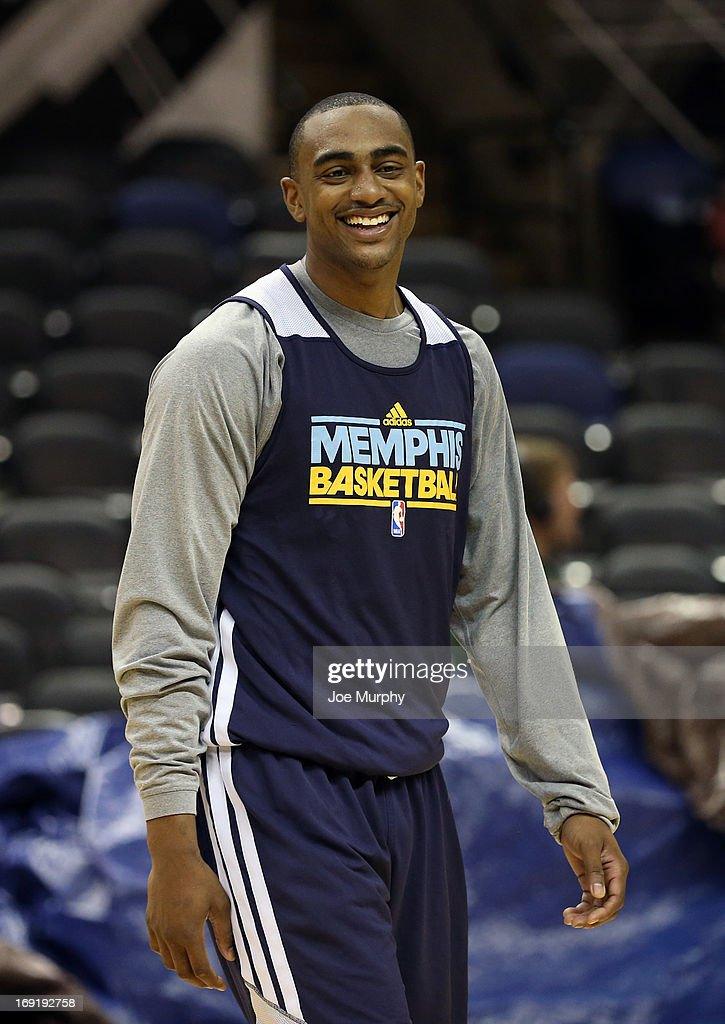 <a gi-track='captionPersonalityLinkClicked' href=/galleries/search?phrase=Darrell+Arthur&family=editorial&specificpeople=4102032 ng-click='$event.stopPropagation()'>Darrell Arthur</a> #00 of the Memphis Grizzlies smiles at team practice during the Western Conference Finals during the 2013 NBA Playoffs on May 20, 2013 at the AT&T Center in San Antonio, Texas.