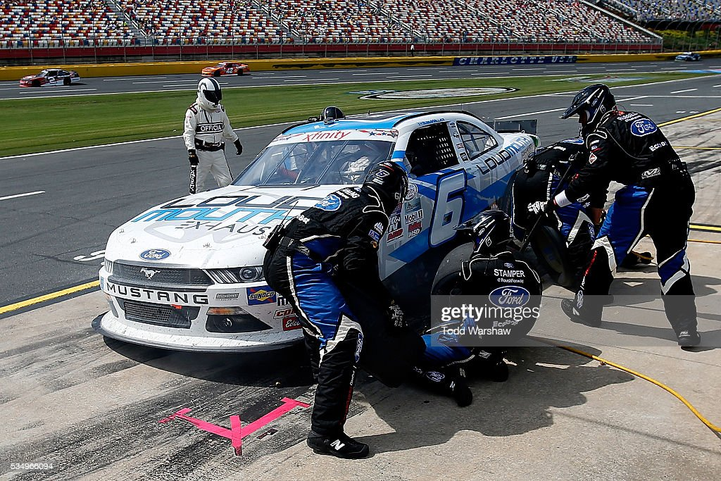 <a gi-track='captionPersonalityLinkClicked' href=/galleries/search?phrase=Darrell+Wallace+Jr.&family=editorial&specificpeople=7123625 ng-click='$event.stopPropagation()'>Darrell Wallace Jr.</a>, driver of the #6 LoudMouth Exhaust Ford, pits during the NASCAR XFINITY Series Hisense 300 at Charlotte Motor Speedway on May 28, 2016 in Charlotte, North Carolina.