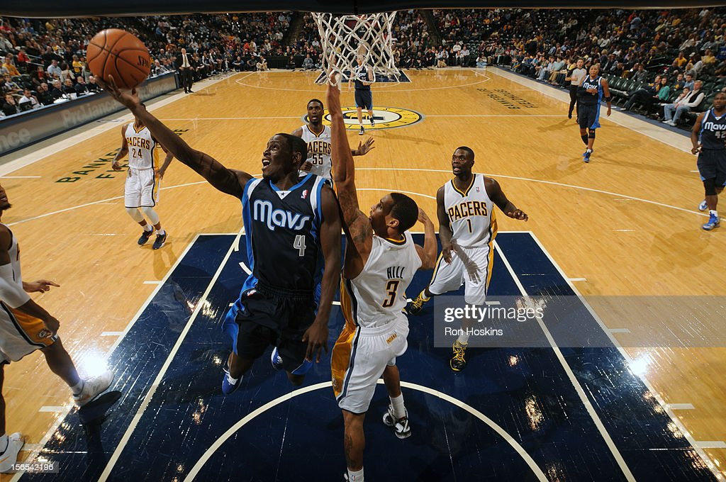 <a gi-track='captionPersonalityLinkClicked' href=/galleries/search?phrase=Darren+Collison&family=editorial&specificpeople=699031 ng-click='$event.stopPropagation()'>Darren Collison</a> #4 of the Dallas Mavericks drives to the basket against George Hill #3 of the Indiana Pacers on November 16, 2012 at Bankers Life Fieldhouse in Indianapolis, Indiana.