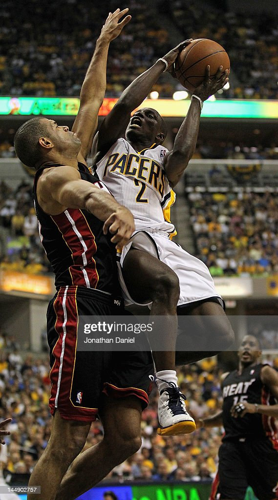 <a gi-track='captionPersonalityLinkClicked' href=/galleries/search?phrase=Darren+Collison&family=editorial&specificpeople=699031 ng-click='$event.stopPropagation()'>Darren Collison</a> #2 of the Indiana Pacers goes up for a shot against <a gi-track='captionPersonalityLinkClicked' href=/galleries/search?phrase=Shane+Battier&family=editorial&specificpeople=201814 ng-click='$event.stopPropagation()'>Shane Battier</a> #31 of the Miami Heat in Game Four of the Eastern Conference Semifinals in the 2012 NBA Playoffs at Bankers Life Fieldhouse on May 20, 2012 in Indianapolis, Indiana.