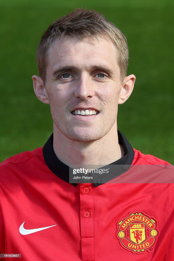 <a gi-track='captionPersonalityLinkClicked' href=/galleries/search?phrase=Darren+Fletcher&family=editorial&specificpeople=171310 ng-click='$event.stopPropagation()'>Darren Fletcher</a> of Manchester United poses at the annual club photocall at Old Trafford on September 26, 2013 in Manchester, England.
