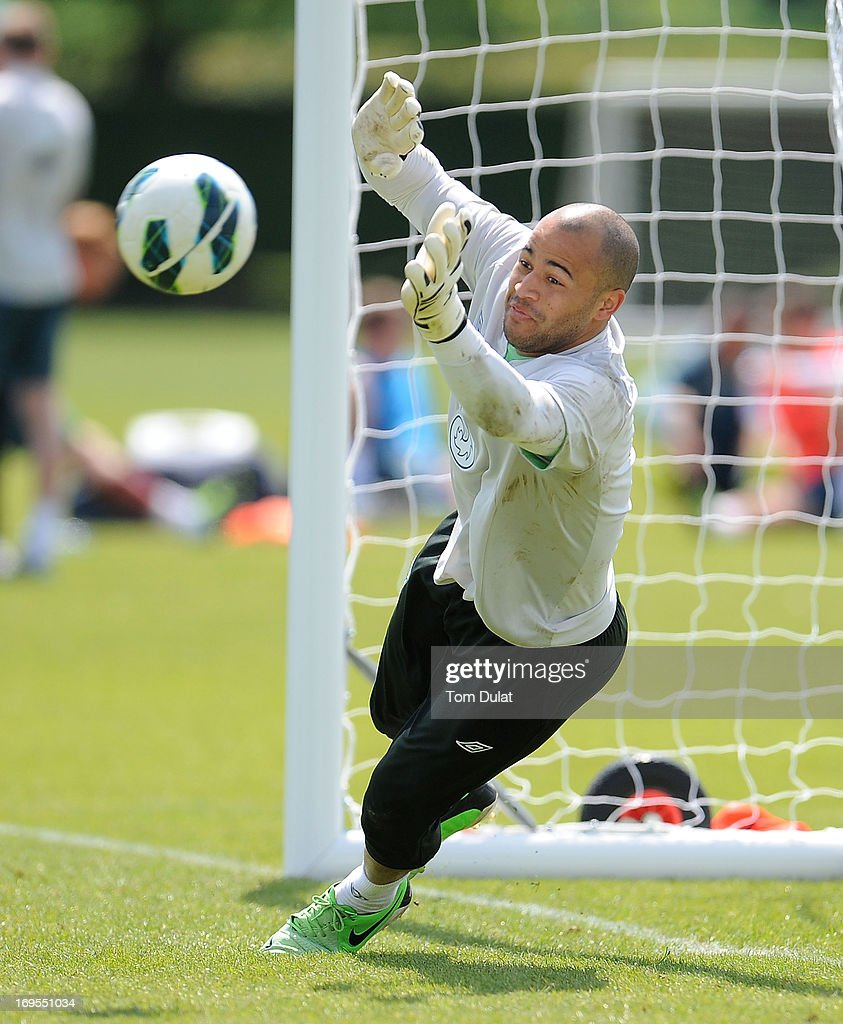 <a gi-track='captionPersonalityLinkClicked' href=/galleries/search?phrase=Darren+Randolph&family=editorial&specificpeople=3947785 ng-click='$event.stopPropagation()'>Darren Randolph</a> in action during the Ireland training session at Watford FC Training Ground on May 27, 2013 in London Colney, England.