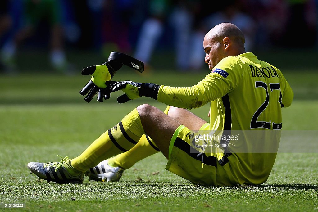 <a gi-track='captionPersonalityLinkClicked' href=/galleries/search?phrase=Darren+Randolph&family=editorial&specificpeople=3947785 ng-click='$event.stopPropagation()'>Darren Randolph</a> of Republic of Ireland shows his dejection after his team's 1-2 defeat in the UEFA EURO 2016 round of 16 match between France and Republic of Ireland at Stade des Lumieres on June 26, 2016 in Lyon, France.