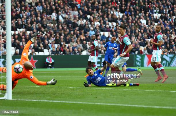 Darren Randolph of West Ham United can't stop Riyad Mahrez of Leicester City shot from going in for Leicester City first goal during the Premier...