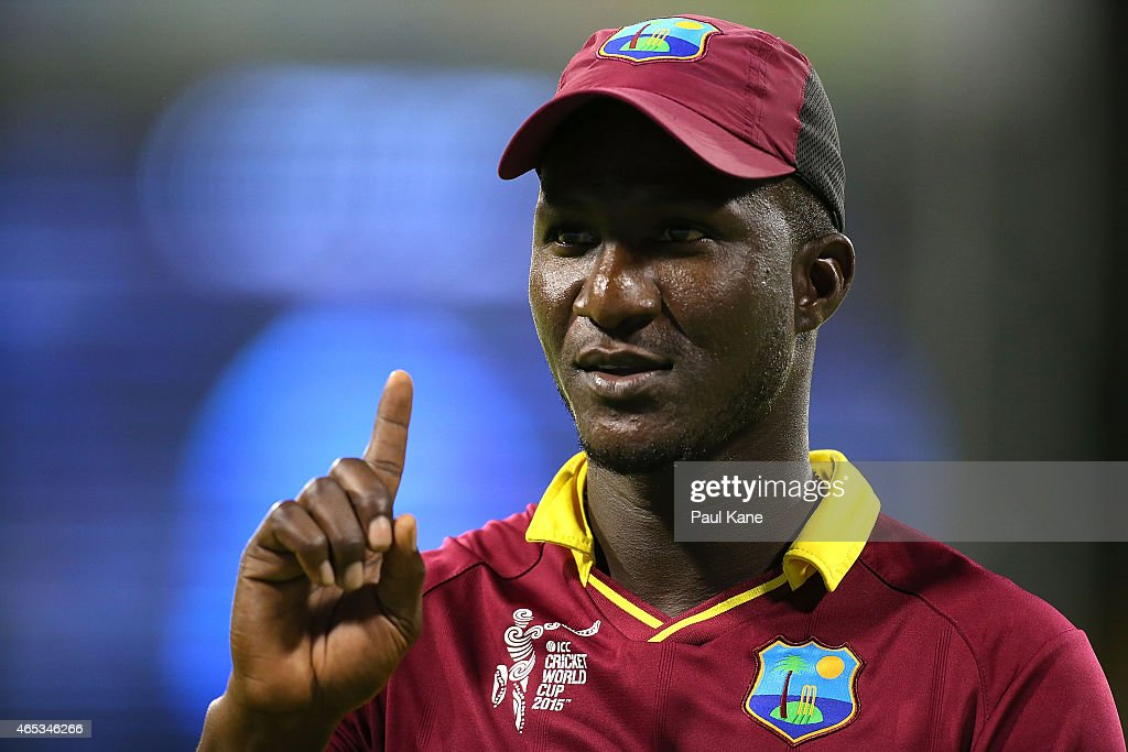 Darren Sammy of the West Indies interacts with Indian spectators during the 2015 ICC Cricket World - darren-sammy-of-the-west-indies-interacts-with-indian-spectators-the-picture-id465346266