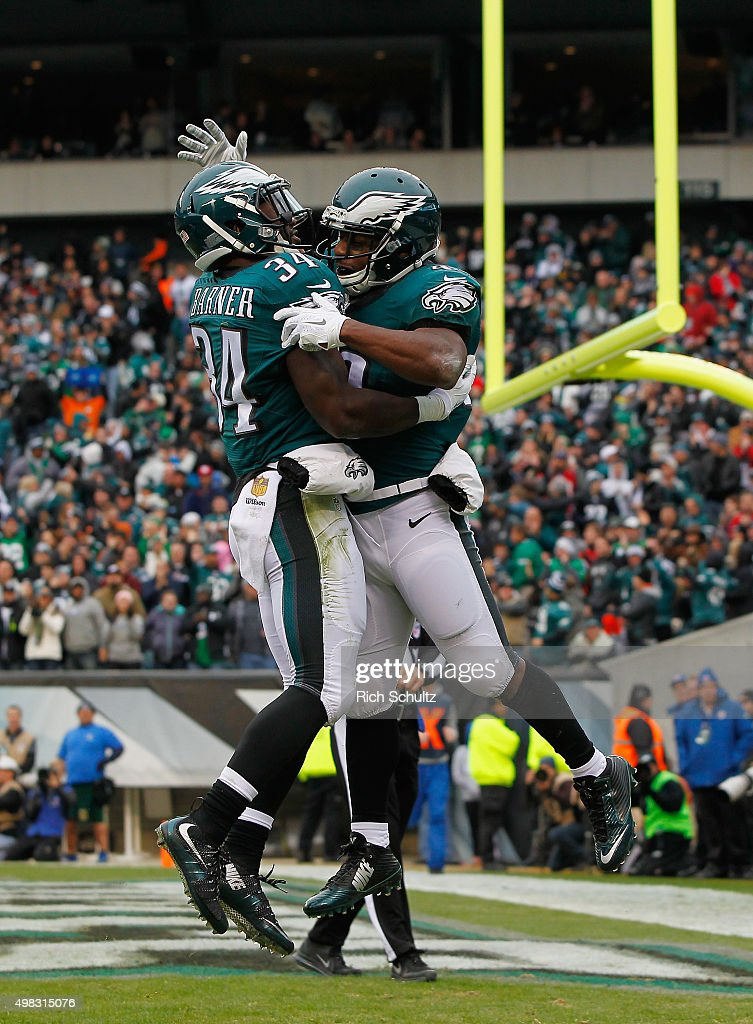 Darren Sproles #43 of the Philadelphia Eagles celebrates a touchdown in the second quarter with teammate Kenjon Barner #34 against the Tampa Bay Buccaneers at Lincoln Financial Field on November 22, 2015 in Philadelphia, Pennsylvania.