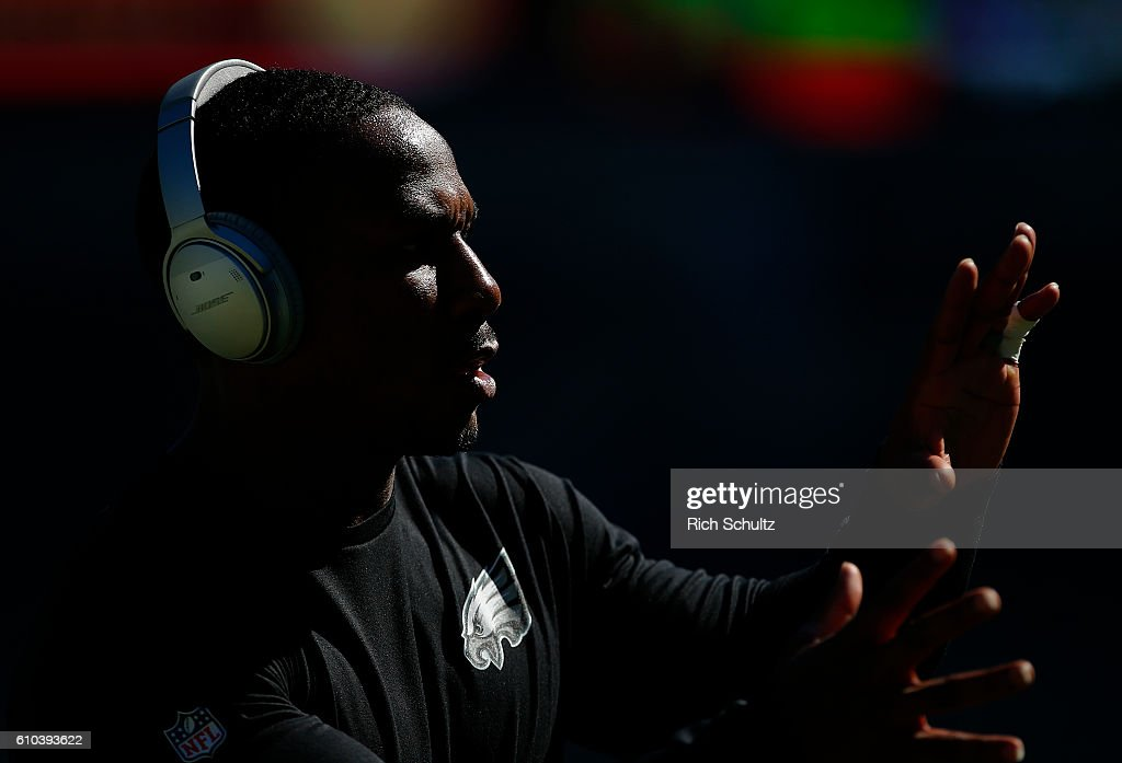 Darren Sproles #43 of the Philadelphia Eagles warms up before a game against the Pittsburgh Steelers at Lincoln Financial Field on September 25, 2016 in Philadelphia, Pennsylvania.