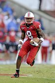 Darrius HeywardBey of the Maryland Terrapins runs with the ball against the North Carolina State Wolfpack on October 25 2008 at Byrd Stadium in...
